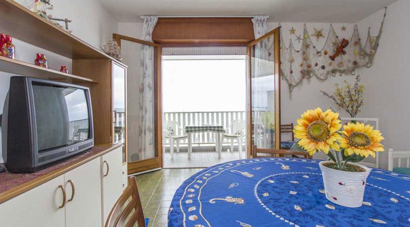 Agenzia-Meridiana-Lignano-affitta-appartamento-vicino-al-mare