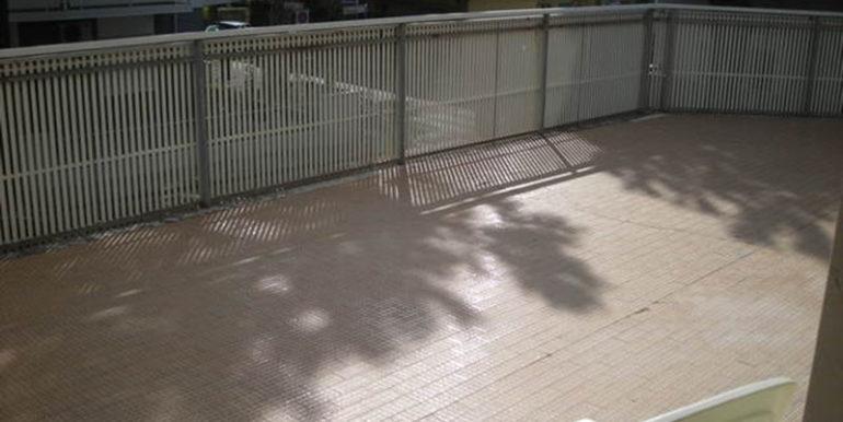 Agenzia-Meridiana-affitta-appartamento-con-parcheggio-vicino-al-mare