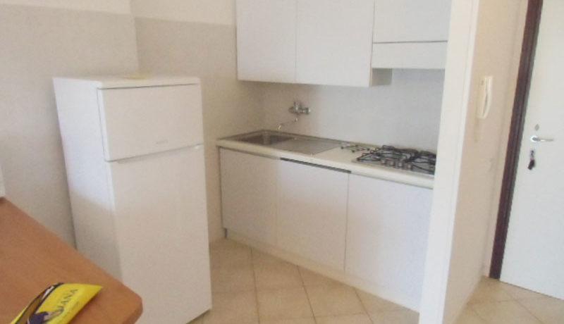 Agenzia-Meridiana-affitta-appartamento-vicino-al-mare-bilocale