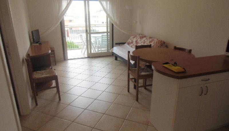Agenzia-Meridiana-affitta-e-vende-appartamenti-a-Lignano-Sabbiadoro