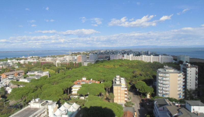 affittasi-bilocale-con-parcheggio-e-piscina-condominiale-per-vacanze-a-Lignano-Sabbiadoro