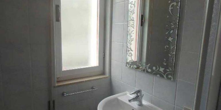 bagno-appartamento-affitto-in-condominio-al-faro