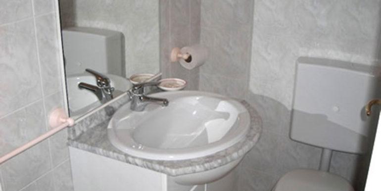 bagno-appartamento-in-affitto-a-Lignano-Sabbiadro