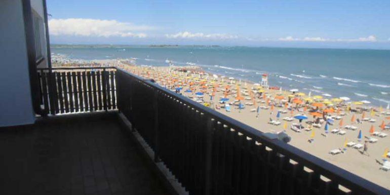vista-balcone-appartamento-in-affitto