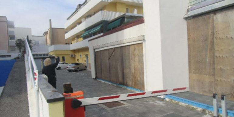 Mansarda-Condominio-Marin