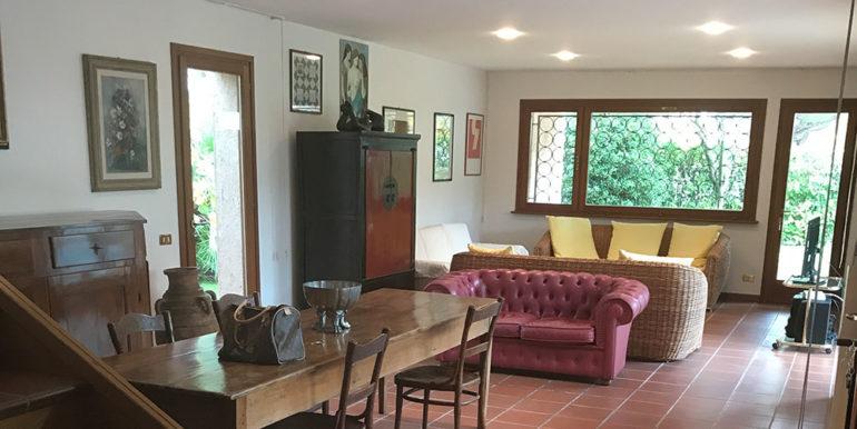 salotto-villa-singola-in-vendita