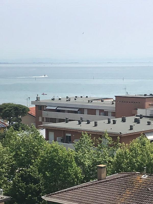 QUADRILOCALE Condominio Mediterraneo