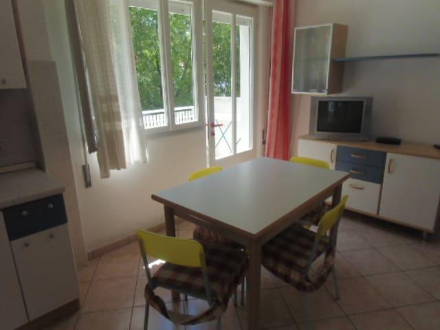 Villa bianca n 5.............06.07.2014.- 021